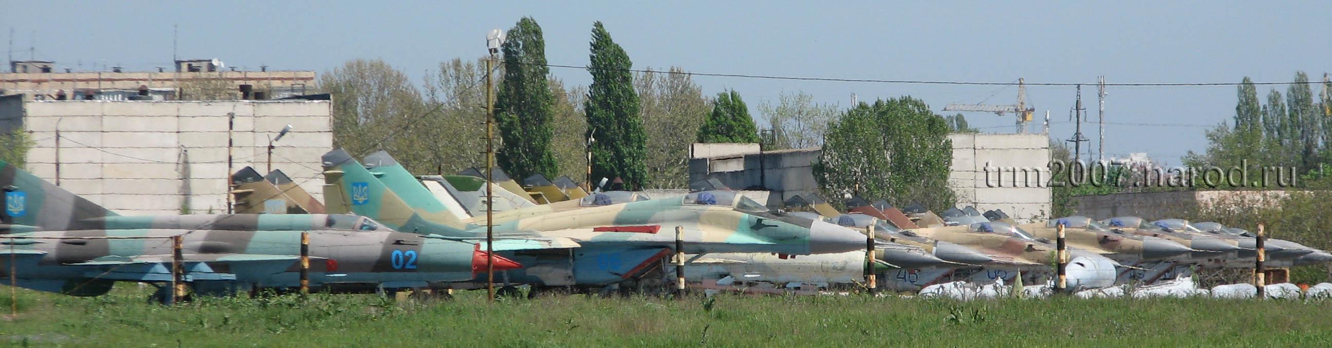 Истребители и перехватчики МИГ-21, МИГ-25, МИГ-29 и СУ-27